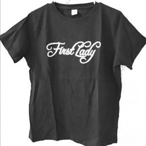 Tops - First Lady black tee